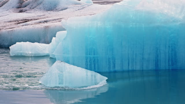 Iceberg in Jokulsarlon lagoon