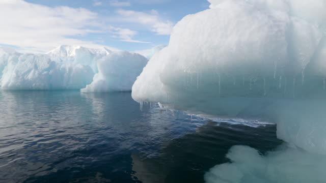icebergs - antarctic peninsula stock videos & royalty-free footage