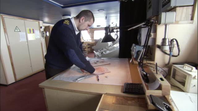 MS, Icebreaker officer in navigation bridge, Russia