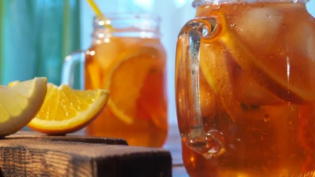 vidéos et rushes de thé glacé - rafraîchissement