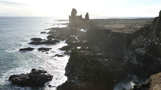 island, atemberaubender panoramablick auf die natur - island stock-videos und b-roll-filmmaterial