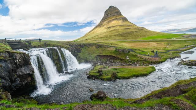 vídeos y material grabado en eventos de stock de monumento más emblemático de islandia - volcán extinguido