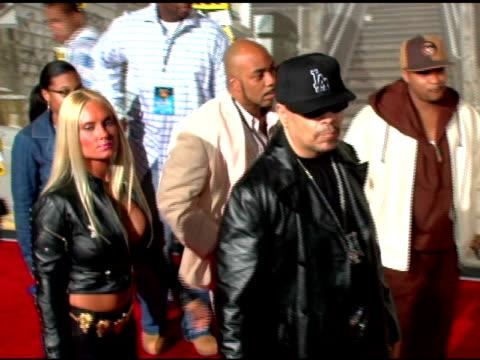 icet and coco at the 2006 vh1 hip hop honors at the hammerstein ballroom in new york new york on october 7 2006 - hammerstein ballroom bildbanksvideor och videomaterial från bakom kulisserna