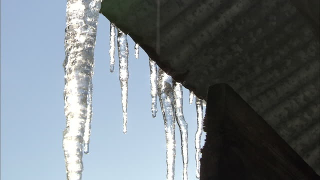 icicles melting - eaves stock videos and b-roll footage