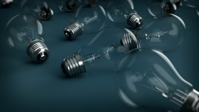 vídeos de stock, filmes e b-roll de ideia de spread - electric lamp