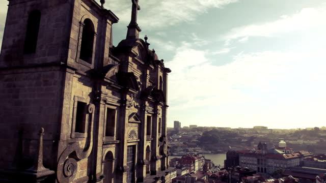 vídeos de stock e filmes b-roll de catedral de se porto - catedral