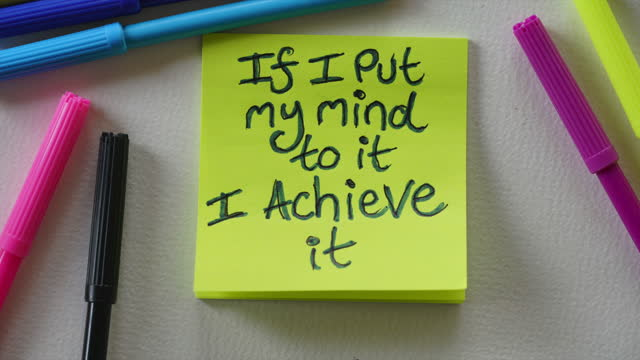 """""""if i put my mind to it i achieve it"""" affirmation note - sticky stock videos & royalty-free footage"""