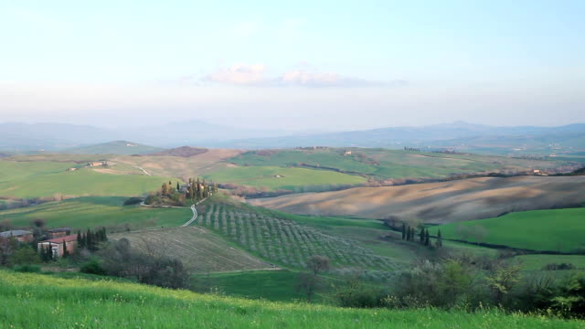 il belvedere in the val d'orcia, tuscany. - tuscany stock videos & royalty-free footage