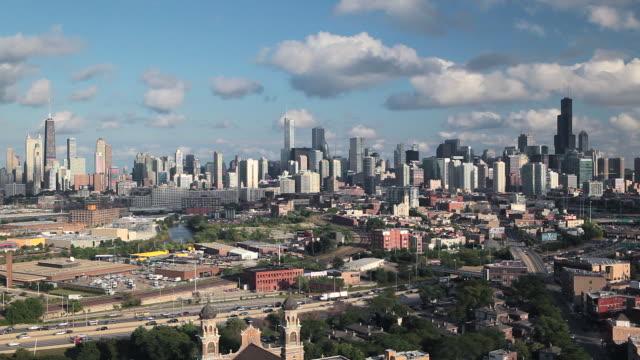 usa, illinois, chicago, elevated view over the city skyline  - シカゴ市点の映像素材/bロール