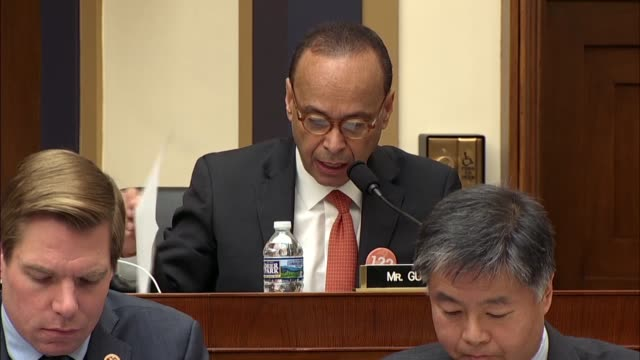 illinois congressman luis gutierrez tells deputy attorney general rod rosenstein at a hearing of the house judiciary committee that allegations of... - 性的嫌がらせ点の映像素材/bロール