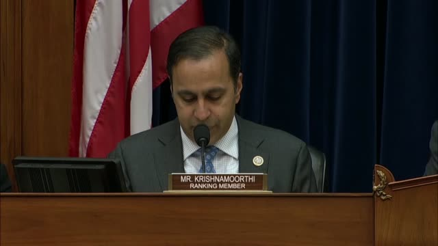 vídeos de stock, filmes e b-roll de illinois congressman raja krishnamoorthi says at a house oversight and government reform subcommittee hearing on fetal tissue research that the... - ouro metal