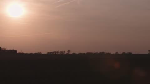 illinois farm landscape with sun - illinois stock videos & royalty-free footage