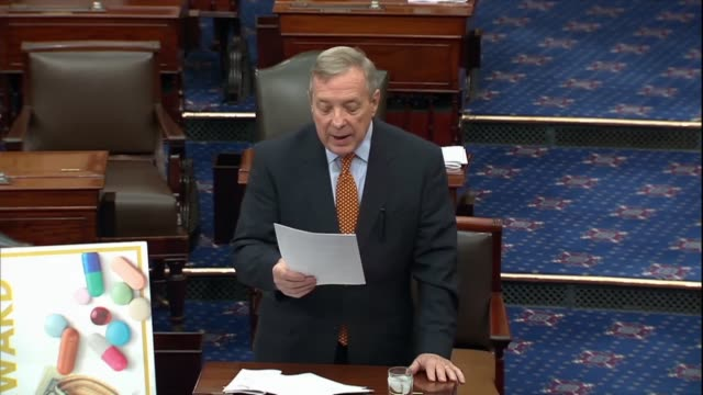 stockvideo's en b-roll-footage met illinois senator dick durbin says in a discussion about pharmaceutical drug prices and provisions of the united states mexico canada trade agreement... - afhankelijkheid