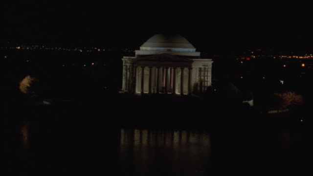 LOW AERIAL, Illuminated Jefferson Memorial at night, Washington DC, Washington, USA