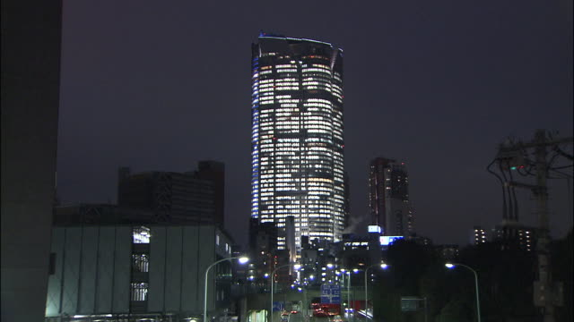illuminated roppongi hills building - 2003年点の映像素材/bロール
