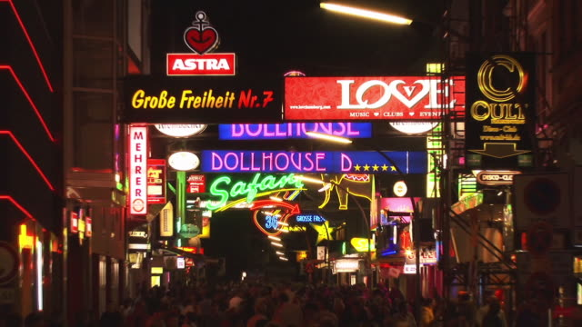 ZO, WS, Illuminated signs in Hamburg Reeperbahn red light district, Hamburg, Germany
