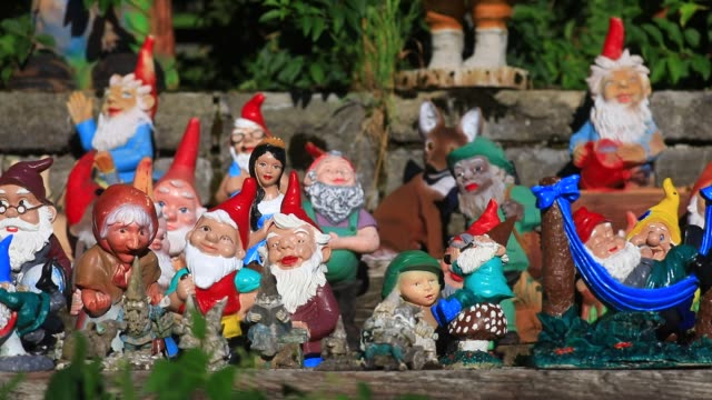 illustration image shows a collection of garden gnomes on august 5, 2020 in saanen, switzerland. - domestic garden stock videos & royalty-free footage