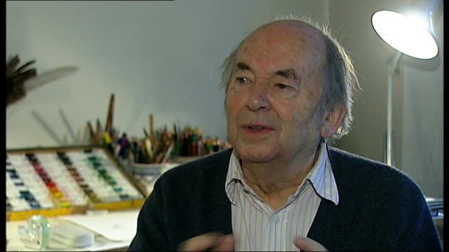 new year's honours: quentin blake; sir quentin blake interview sot - response to receiving knighthood set-up shots of sir quentin blake browsing... - pen and ink stock videos & royalty-free footage
