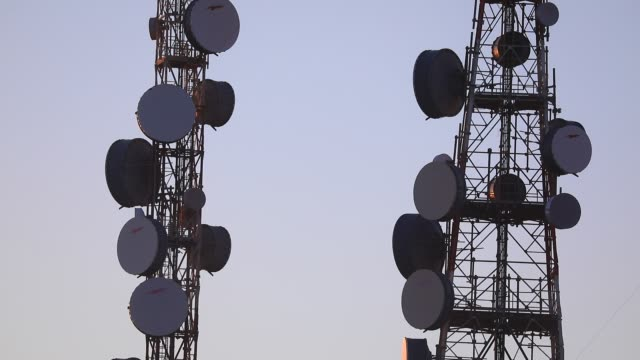 vídeos de stock, filmes e b-roll de image of telecommunication equipment at the highest point of paros island on august 19, 2020 in lefkes, greece. the island of paros has seen... - satélite