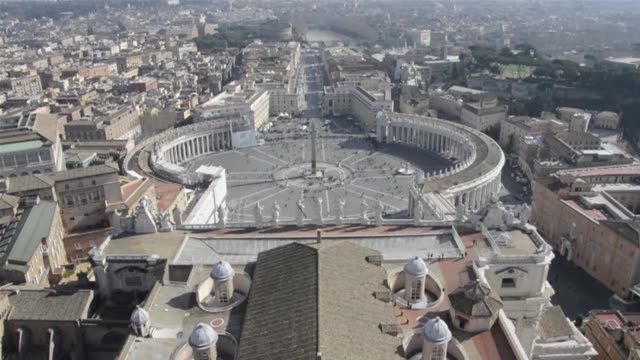 images from inside the dome and on the roof of st peter basilica showing panoramic views of the vatican and rome as well as the mater ecclesiae... - panoramica video stock e b–roll