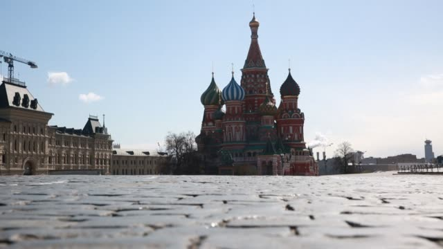 images of an empty red square in moscow amid strict confinement measures due to the covid-19 pandemic. as of wednesday and after days of steady... - moscow russia stock videos & royalty-free footage