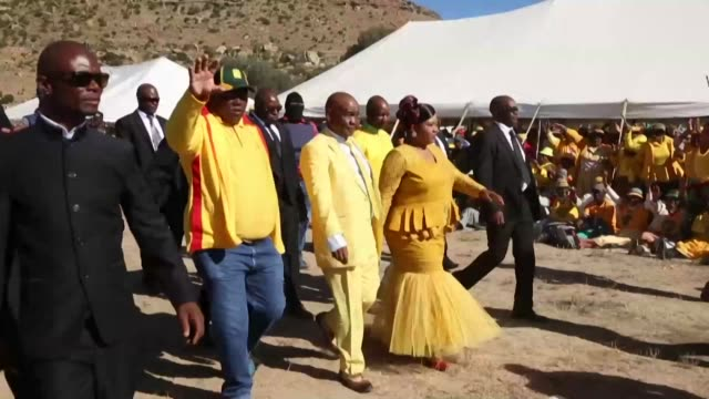 stockvideo's en b-roll-footage met images of lesotho prime minister thomas thabane who is in court where he is expected to be charged with murdering his estranged wife - clean