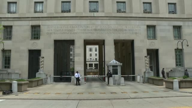 images outside the department of justice ahead of the release of special counsel robert mueller's final report on russian meddling in the 2016... - department of justice stock videos & royalty-free footage