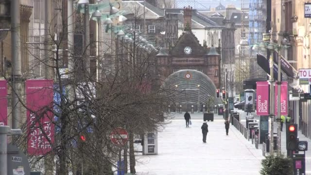 images show the deserted streets of scotland's most populous city as the uk battles the coronavirus outbreak - 18 19 years stock videos & royalty-free footage