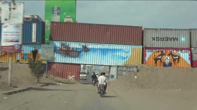 images taken from inside a car show barricades on the streets of the southern yemeni port city of hodeida - yemen stock videos & royalty-free footage