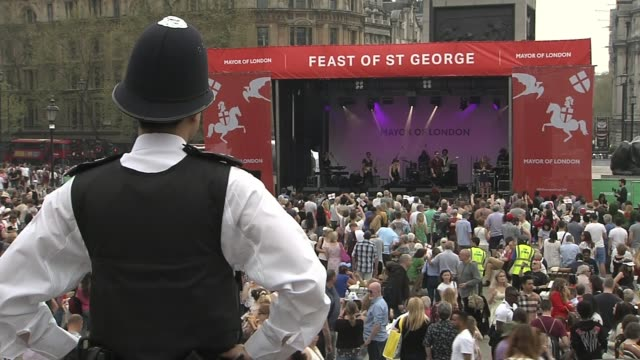 Windrush scandal Calls for Windrush generation to receive damages ENGLAND London Trafalgar Square SOT*** Wide shot crowd and performance on stage...