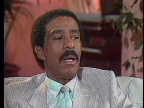 """in a 1986 interview, richard pryor says: """"after i finish doing these movies i'm doing, i will go back on stage and find what it is i want to say... - richard pryor comedian stock videos & royalty-free footage"""