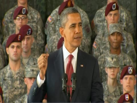 in a speech at fort bragg in north carolina, us president barack obama marks the end of the iraq war commenting that is is 'harder to end a war than... - irak stock-videos und b-roll-filmmaterial