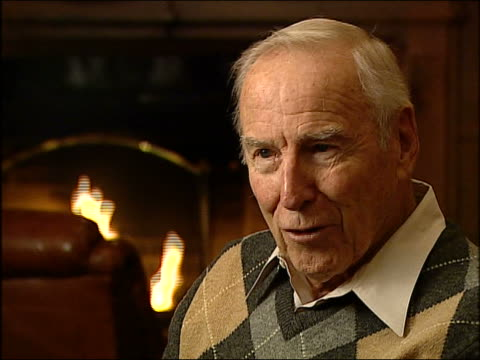 in a wgntv interview former astronaut jim lovell discusses the first manned mission to the moon on christmas eve 1968 interview conducted and aired... - früherer stock-videos und b-roll-filmmaterial