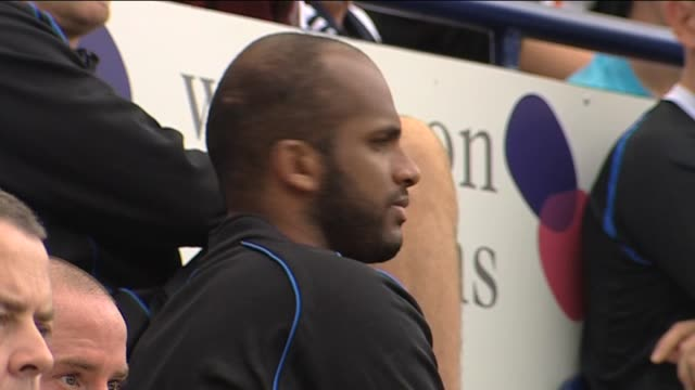 vidéos et rushes de in action for wigan athletic during a pre-season friendly against preston north end in july 2011 goalkeeper ali al-habsi at deepdale on september 22,... - lancashire