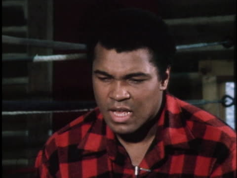 in an interview at his pennsylvania training camp boxer muhammad ali says that he has been the first at many things but adds that records are always... - sport stock-videos und b-roll-filmmaterial