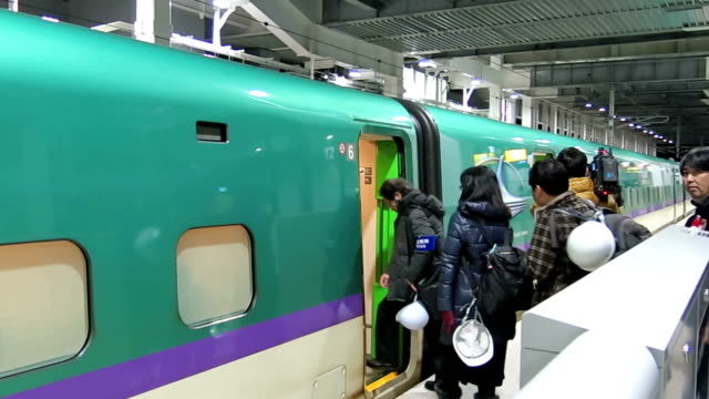 in anticipation of the opening of the hokkaido shinkansen line in march emergency drills were conducted for the first time by hokkaido railway... - notfallübung stock-videos und b-roll-filmmaterial