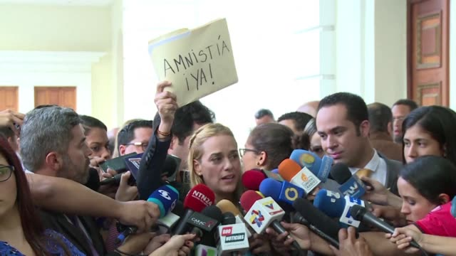 in caracas lawmakers and relatives of political prisoners delivered monday to the parliament a draft amnesty law that seeks to benefit venezuelans... - political prisoner stock videos & royalty-free footage