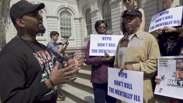 in defense of the mentallyill who have been hurt or killed by the new york city police department prominent civil rights attorney sanford rubenstein... - gewerkschaft stock-videos und b-roll-filmmaterial