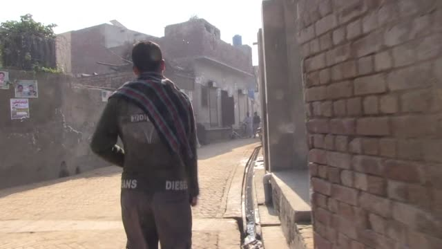 stockvideo's en b-roll-footage met in july 2015 a pedophilia scandal erupted in the punjab region of pakistan - kindermishandeling