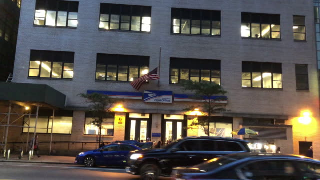 usps in new york city - united states postal service stock videos & royalty-free footage