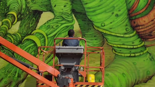 In the Puente Aranda neighborhood in Bogotá the second graffiti district version was made with the collaboration of national and international...