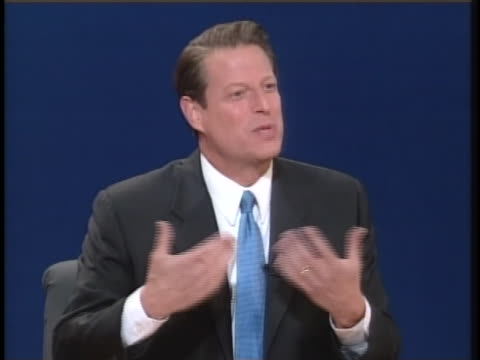 in the second presidential debate of the 2000 campaign season us vice president al gore states that america's greatest national strength is its values - carolina del nord stato usa video stock e b–roll