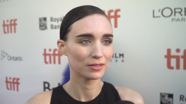vídeos de stock, filmes e b-roll de in this exclusive interview the beautiful star explains that she isn't thinking about things like festivals when she chooses her roles - rooney mara