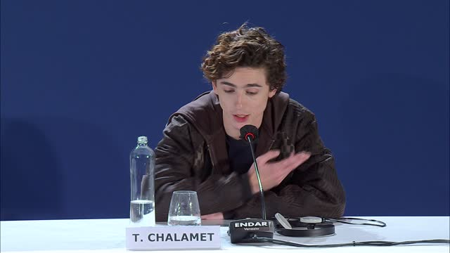 stockvideo's en b-roll-footage met timothée chalamet on this role being the 'honour' of his career so far on september 2, 2021 in venice, italy. - filmfestival