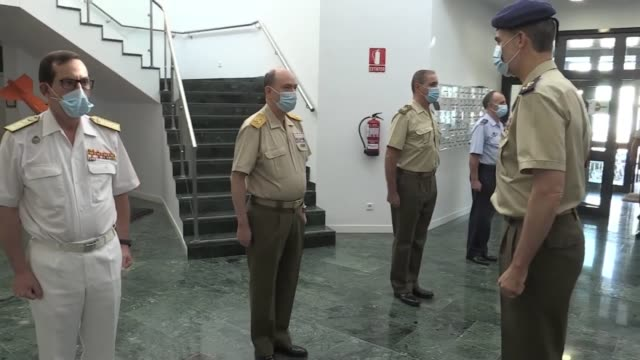 ESP: Spanish Royals Attend Armed Forces Day