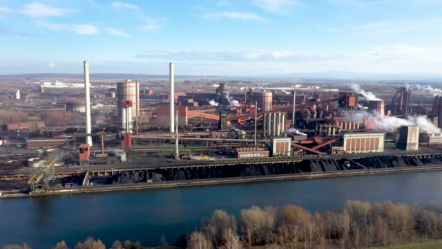 in this the aerial view the salzgitter ag steelworks stand on march 05 2019 in salzgitter germany salzgitter produces a wide variety of steel... - acciaieria video stock e b–roll