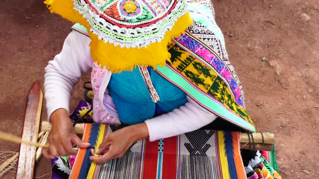 inca woman weaving alpaca wool - indigenous culture stock videos & royalty-free footage