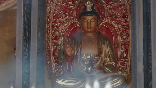 incense burning in chinese temples - buddha stock videos & royalty-free footage