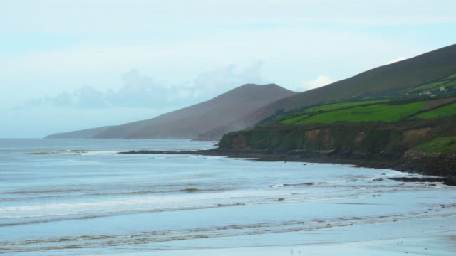 inch beach on dingle peninsula in late summer - inch stock videos & royalty-free footage