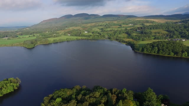 inchmahome priory on the island of inchmahome, lake of menteith, loch lomond and the trossachs national park, scotland - parco nazionale video stock e b–roll